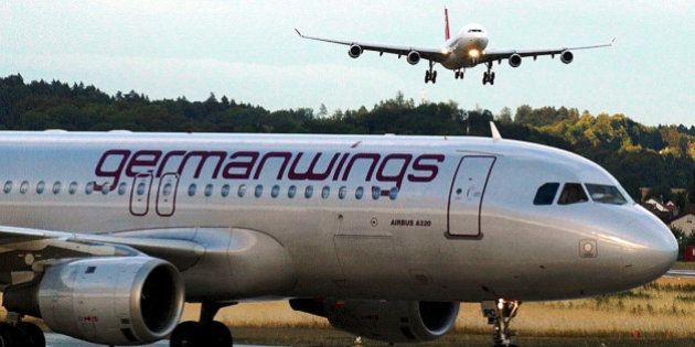 Avião Airbus A320 cai no sul da França com 148 pessoas a