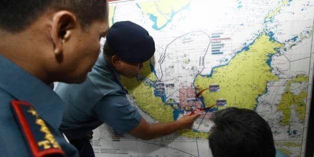 Destroços encontrados no mar de Java são de jato desaparecido da