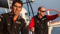 Velejador brasileiro enfrenta até ciclone em regata de volta ao