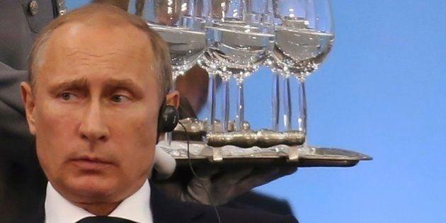 EUA ampliam sanções contra Rússia durante reunião dos Brics em