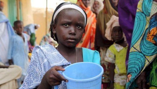 FOTOS: Boko Haram sequestra mais de 400 mulheres e
