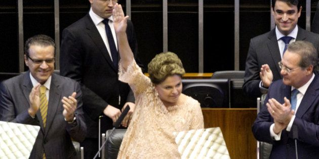 Dilma propõe pacto nacional contra a corrupção e promete que envolvidos em desvios na Petrobras serão