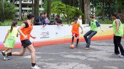 Um jogo de futebol com 3 tempos, para formar