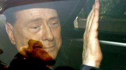 Berlusconi escapa de condenação por prostituição de menores e abuso de