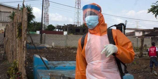 OMS: Número de mortes causadas por Ebola ou por suspeita da doença atinge cerca de oito mil na África...