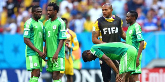 Fifa retira suspensão imposta à Nigéria por ingerência do governo local no futebol profissional do