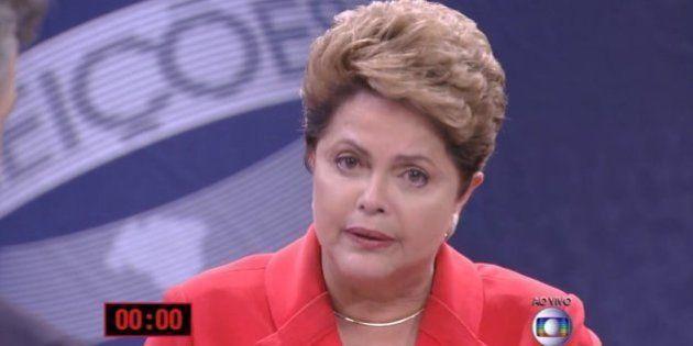 'Veja dá golpe eleitoral', acusa Dilma Rousseff no