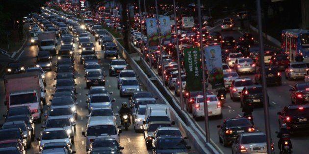 Ampliação do rodízio de veículos em São Paulo: Datafolha aponta empate técnico entre favoráveis e