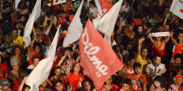 Festa da reeleição de Dilma Rousseff mobiliza milhões de brasileiros pelo