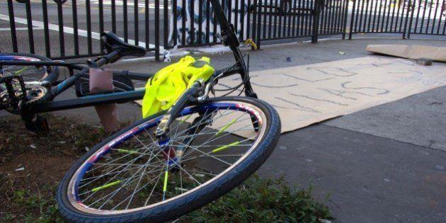 Morre ciclista atropelado por ônibus na Avenida