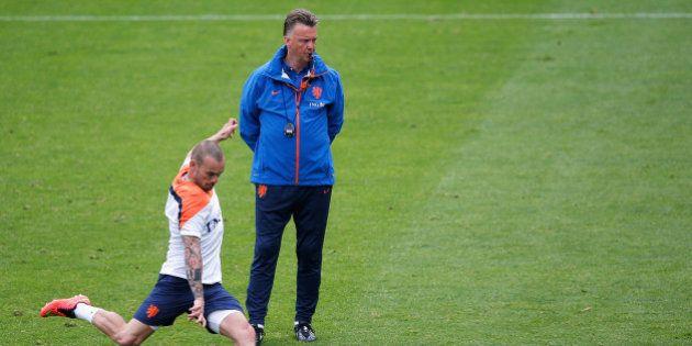 ALKMAAR, NETHERLANDS - JUNE 03: Netherlands Manager, Louis van Gaal watches Wesley Sneijder take a penalty...