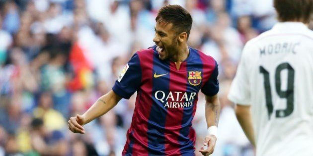 MADRID, SPAIN - OCTOBER 25: Neymar of FC Barcelona celebrates the first goal during the la Liga match...