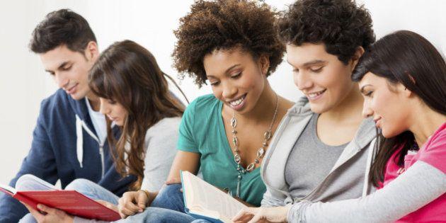Conta Universitária: vantagens e desvantagens apresentadas por cinco