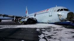 Acidente com avião da Air Canada deixa 23