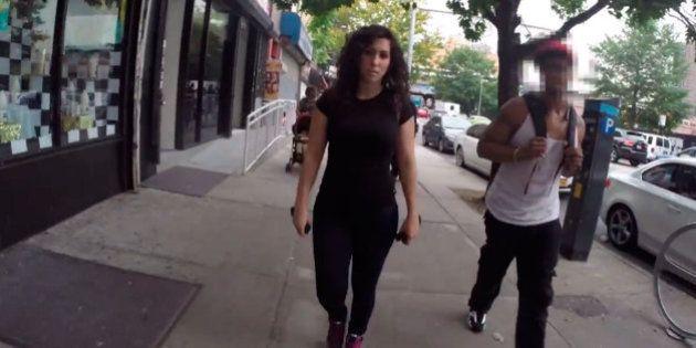 Atriz Shoshana Roberts, do viral que expõe assédio às mulheres nas ruas, é ameaçada de