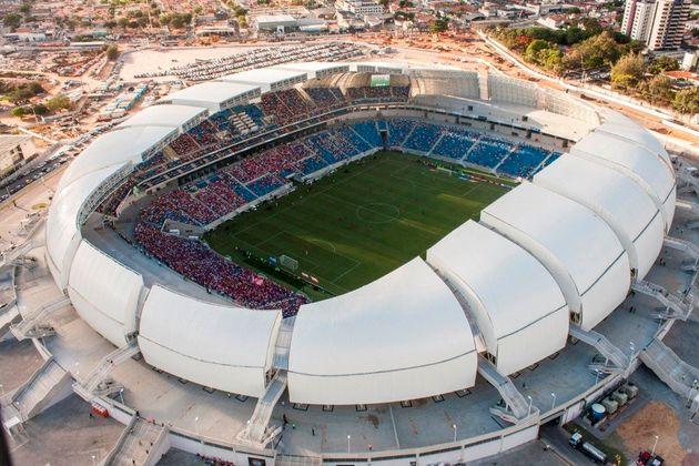 Copa 2014: obras de estádios levaram pelo menos 4,8 bilhões de reais dos cofres públicos