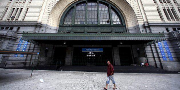 Argentina enfrenta greve nos transportes nesta terça-feira; paralisação afeta voos da Gol e da