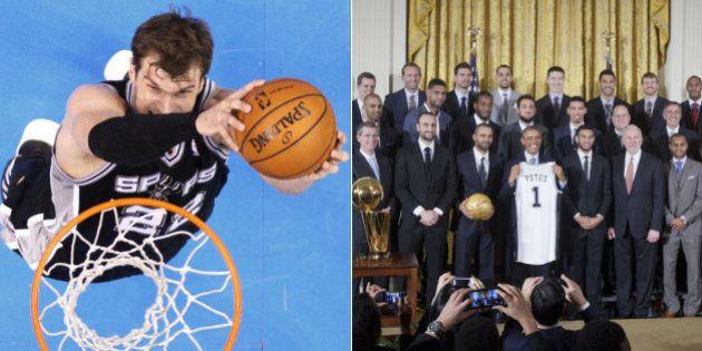 Pivô brasileiro Tiago Splitter visita a Casa Branca junto com a equipe do San Antonio Spurs, atual campeã...