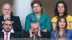 ASSISTA: Dilma é ofendida pela torcida no