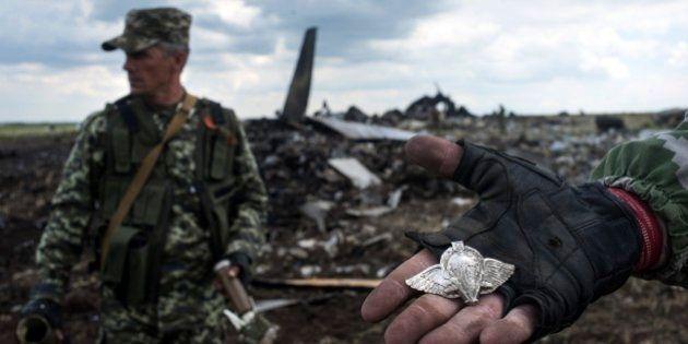 Crise na Ucrânia: separatistas derrubam avião militar e matam 49 a
