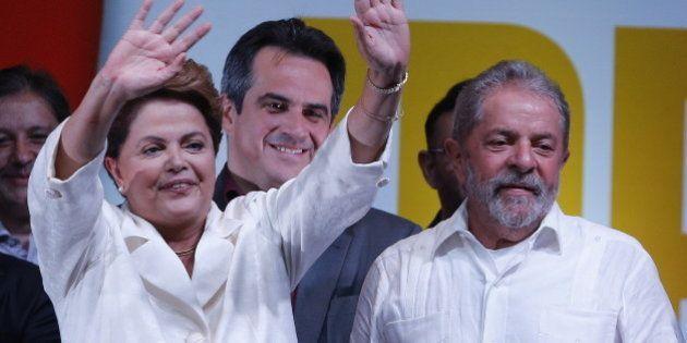 Executiva do PT indica agenda positiva no 2º governo Dilma com criminalização da homofobia e desmilitarização