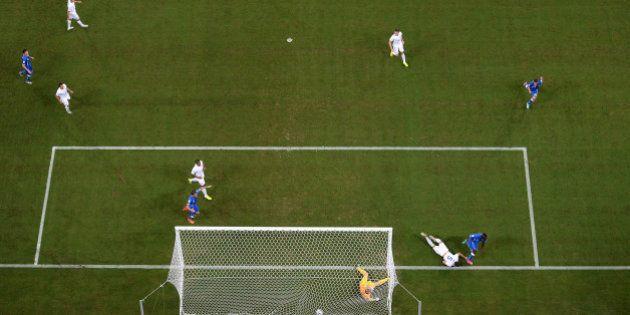 Copa 2014: Itália vence Inglaterra por 2 a 1 no primeiro duelo