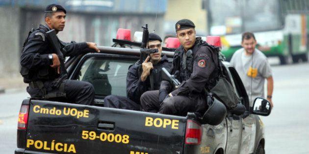 Prevista no Conseg de 2009, desmilitarização da polícia no Brasil é pedida por mais de 70% dos policiais...