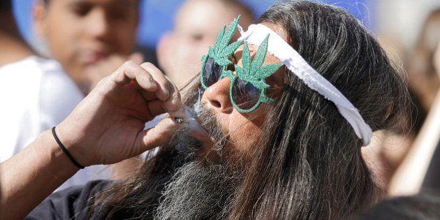 Norte-americanos aprovam legalização da maconha no Oregon, Alasca e capital dos