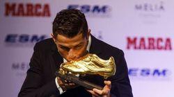 Cristiano Ronaldo recebe prêmio e desafia concorrência: 'tentarei sempre ser o