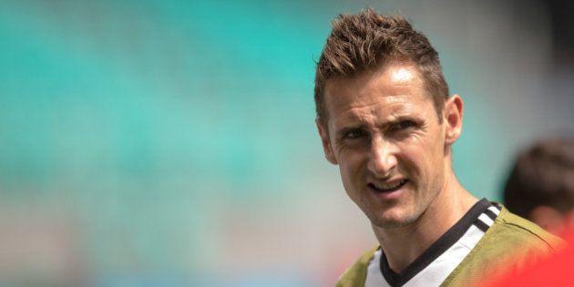Alemão Miroslav Klose inicia caminhada para quebrar recorde de Ronaldo Fenômeno na Copa do