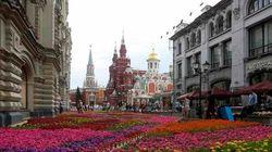 Putin quer derrubar prédios públicos no Kremlin pra construir...