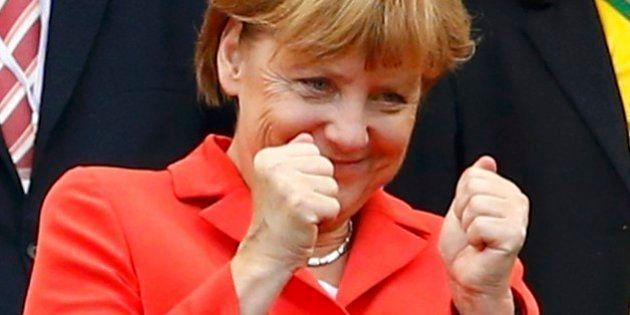 Depois das vaias a Dilma, sobrou para Merkel no jogo Alemanha x