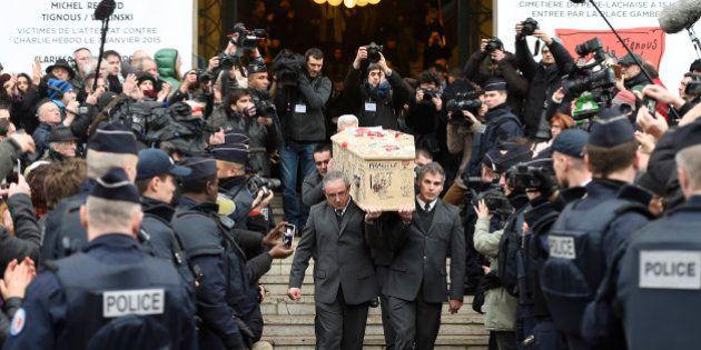 Em clima de comoção, cartunistas mortos em ataque contra a revista Charlie Hebdo são enterrados na
