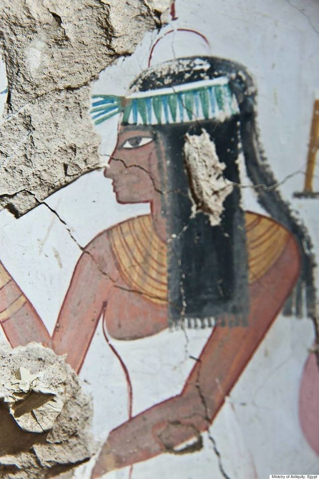 Descobertos em Luxor túmulos da antiguidade egípcia com murais