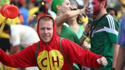 Cadê os torcedores fantasiados de Chaves e Chapolin na TV