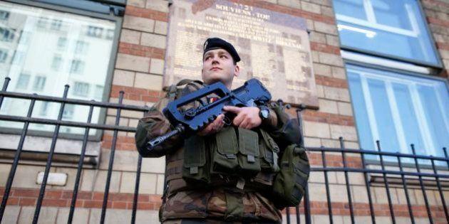 Controle de fronteiras, isolamento de prisioneiros, vigilância na internet: Entenda como a França quer...