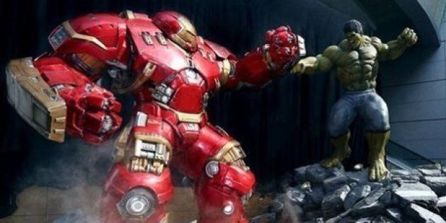 Exposição mostra estátuas de personagens de 'Vingadores: Era de Ultron' em tamanho