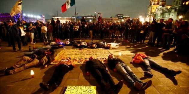 Estudantes desaparecidos foram cremados em fogueira no México, dizem suspeitos detidos do Guerreiros