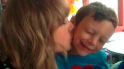 ASSISTA: Taylor Swift faz visita emocionante a fã com
