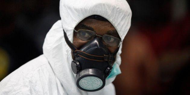 Cresce o número de mortos no surto de Ebola; Espanha vai tratar padre infectado e Arábia Saudita anuncia...