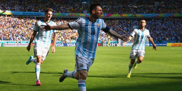 Argentina x Irã: nos estertores da partida, Messi volta a brilhar e garante argentinos nas