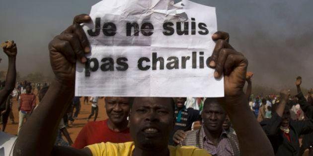 Após protestos violentos contra 'Charlie Hebdo', Itamaray estuda retirar comunidade brasileira do