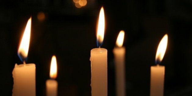 Candle lights in the S. Domenico church, Siena (Italy).Velas en la iglesa de S. Domenico, Siena