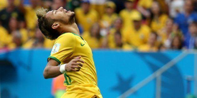 No centésimo jogo em Copas, Brasil honra sua tradição e vence Camarões por
