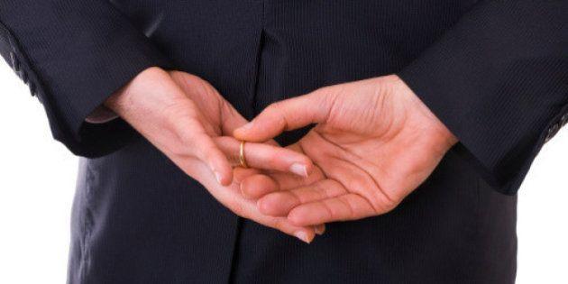 Para especialistas, infidelidade masculina pode fazer bem ao