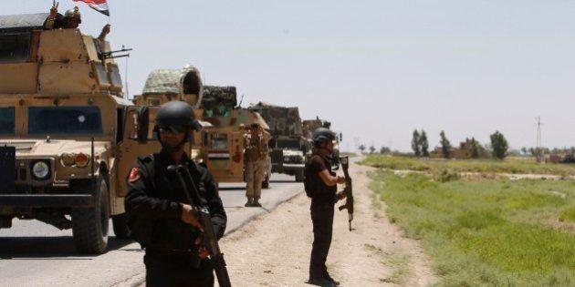 Assessores dos EUA chegam ao Iraque para ajudar a conter