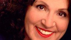 Morre atriz que fazia a voz da mãe de Howard em 'The Big Bang