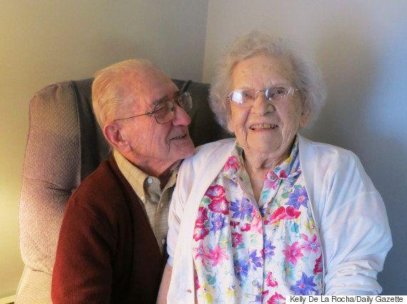 Juntos há 75 anos, casal diz que tempo voa quando se está