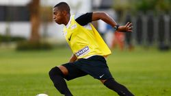 Robinho reestreia no Santos neste domingo, contra seu maior