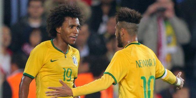 Brasil ganha fácil da Turquia e mantém 100% com